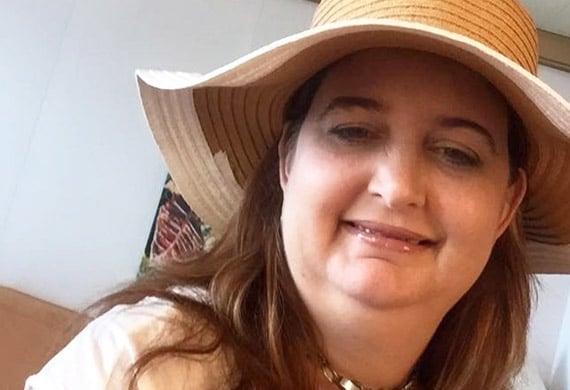 Jennifer Damon - Wearing Many Hats